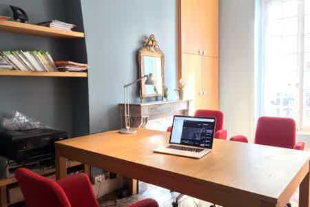 Bureau et conference-room dans le 9ème