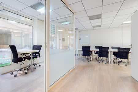 96 m² de bureaux indépendants et équipés