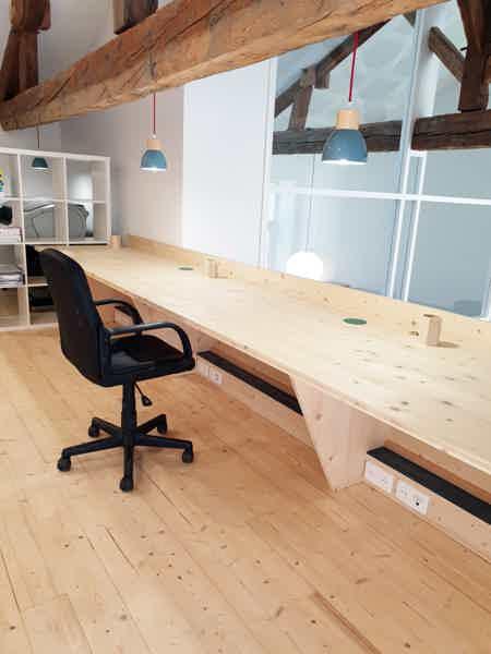espace à occuper dans bureau-9