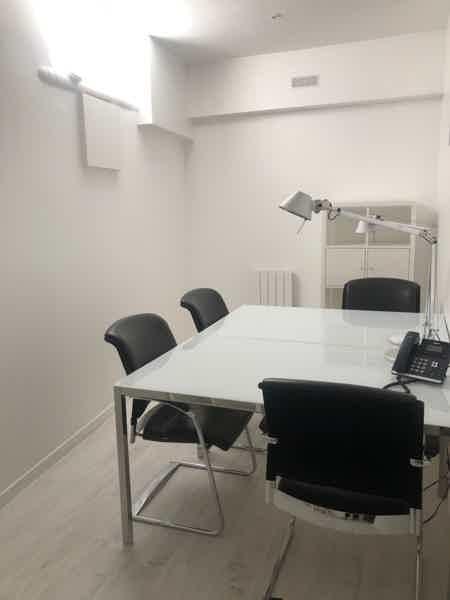 Bureaux fermés de 10 m2 et plus.-6
