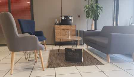 Bureau de 20 m² équipé