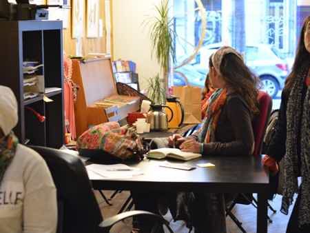 Bureau avec salle de réunion partagée