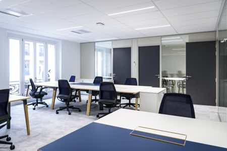 Bureau dédié de 4 postes de travail-6