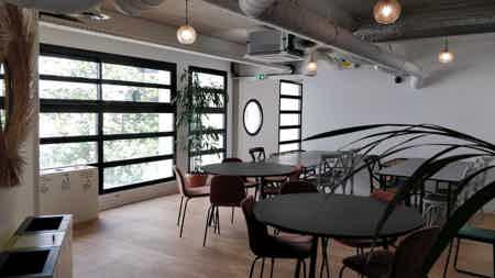 Magnifique espace avec terrasse-3