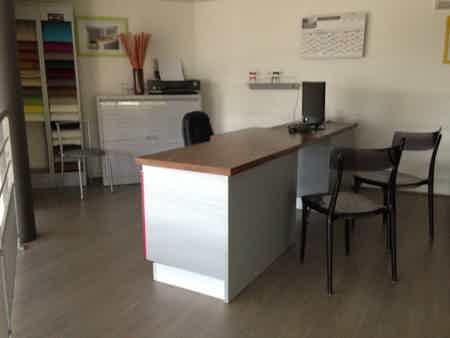 1 poste bureau en mezzanine très lumineux -1