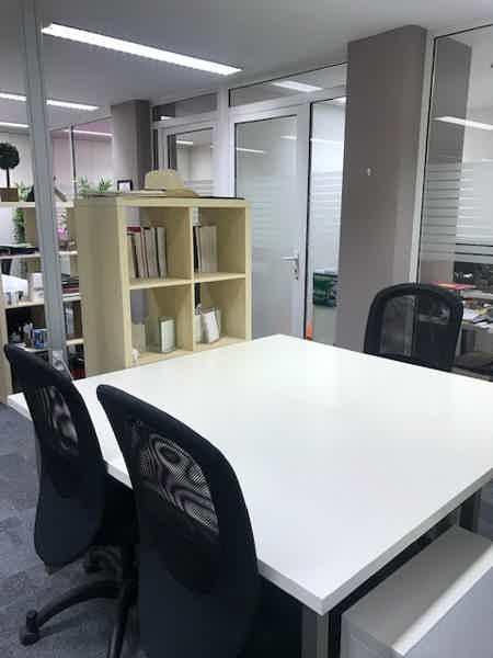 PROMO  : Bureaux en open space / ST-Lazare-7