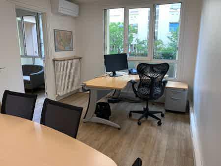 3 j/sem - bureau fermé - 2 pièces - 45 m2