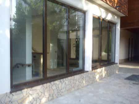 bureau ferme 75 m2 sur terrasse et jardin-6