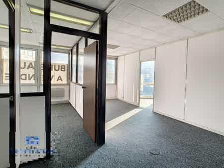 Bureaux 200m² à Noisy-le-Grand 15 postes