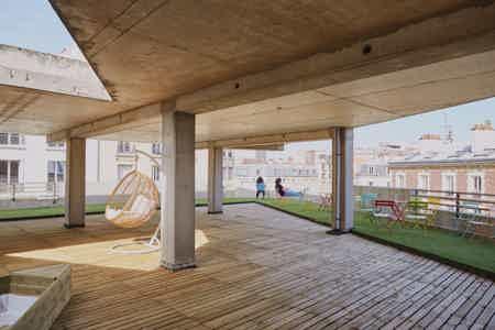 Poste en open space nomade - Paris 14-4