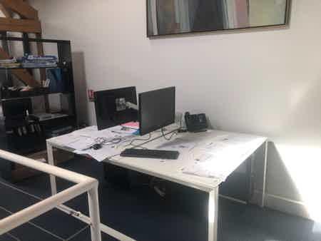 Bureaux partagés - 20 postes disponibles-4