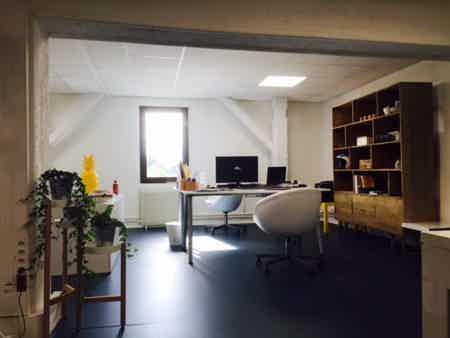Bureau 34 m²-2